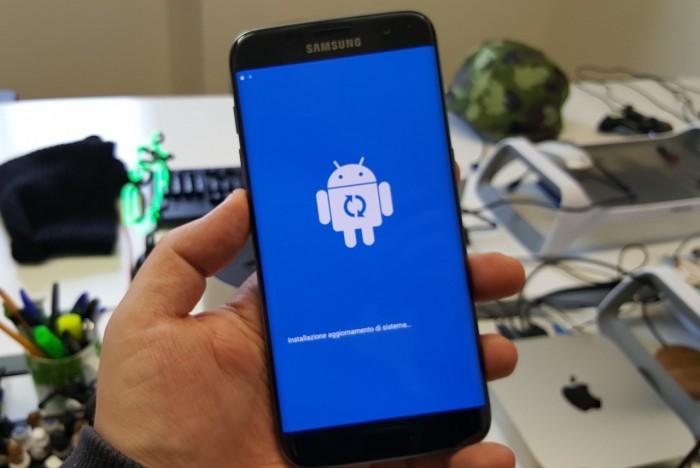 Samsung Galaxy S7 ed S7 Edge Italiani