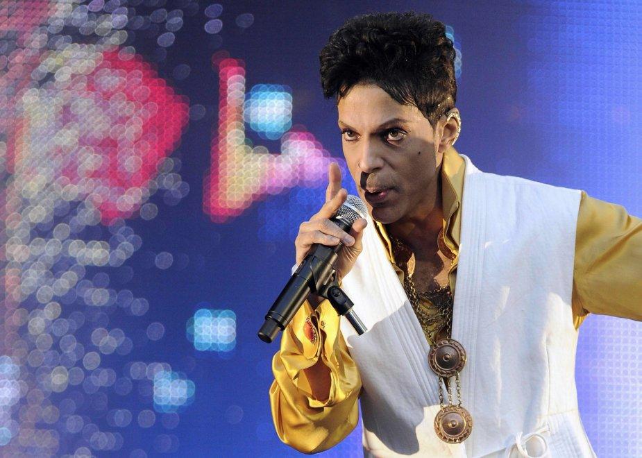 Prince: l'eredità di 150 milioni andrà ai sei parenti più stretti