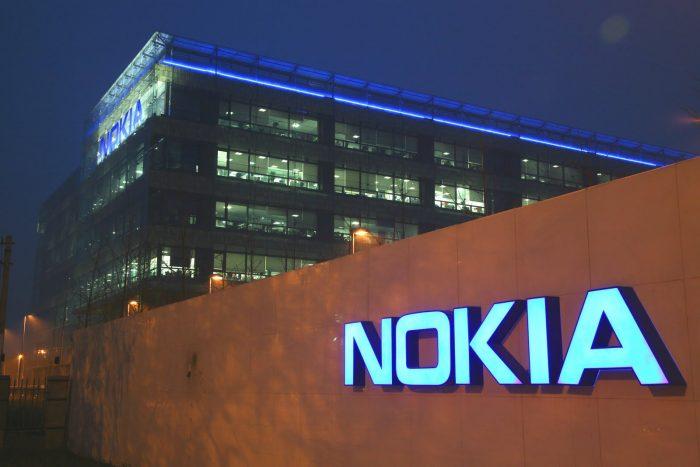 Nokia torna nel mondo mobile