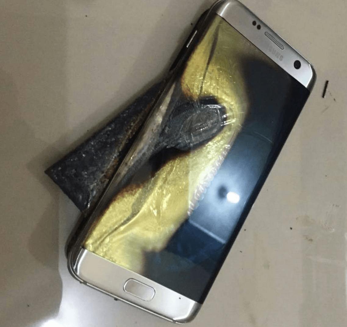 Un Galaxy S7 Edge esplode, ecco le foto