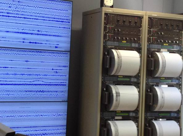 Forte scossa di terremoto in tutto il Centro Italia