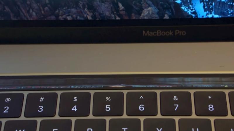 Ecco come gira Doom sulla TouchBar del MacBook Pro