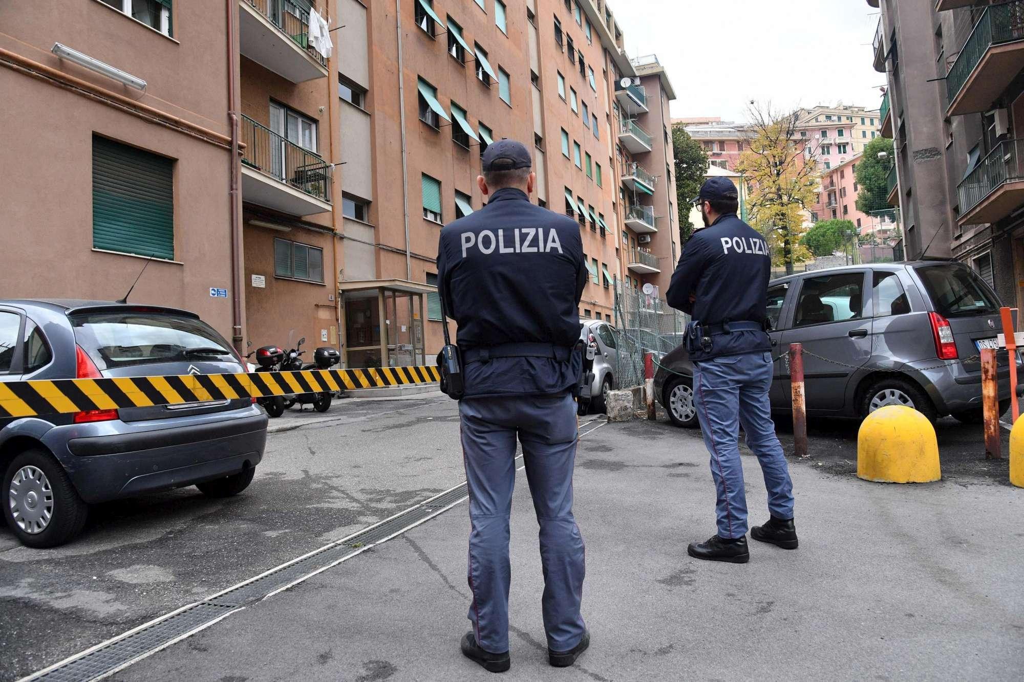 poliziotto uccide la moglie e le figlie
