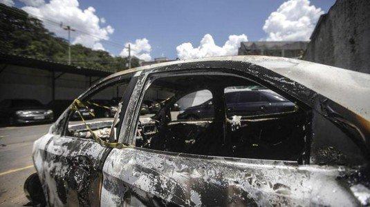 Ambasciatore greco: è il suo il corpo trovato carbonizzato