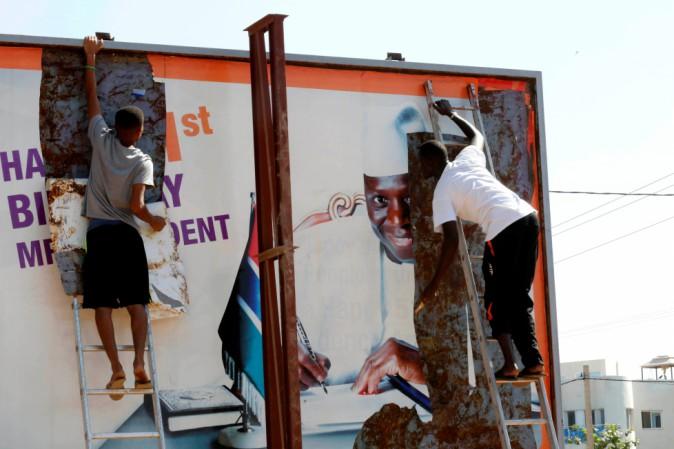 Gambia. Jammeh si arrende: il potere ad Adama Barrow