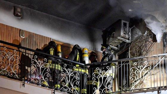 Napoli. Incendio ai Colli Aminei in via Nicolardi: morta un'anziana