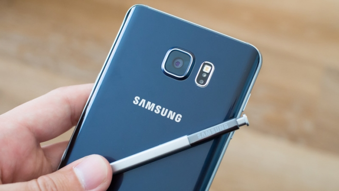 Samsung Galaxy Note 5 con Android 7.0, eccolo in video