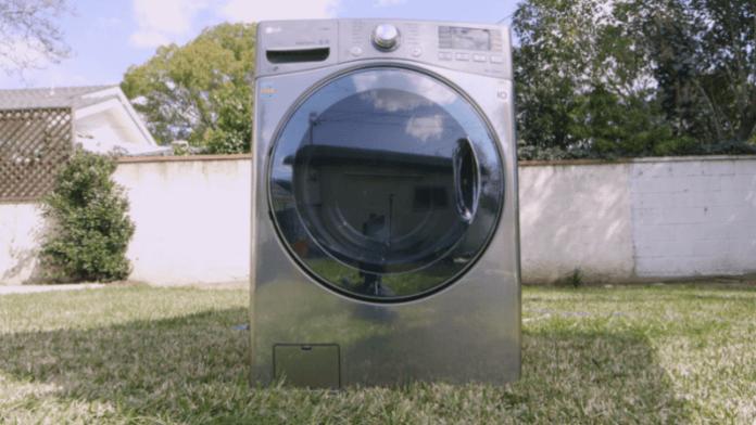 LG G6, il lavaggio in lavatrice solo al di sotto dei 40°