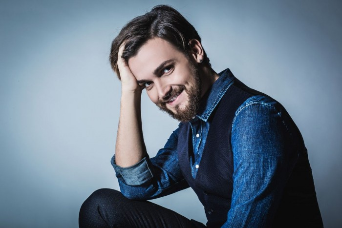 Valerio Scanu, attacco a chi sta supportando Maria De Filippi